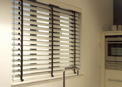 wooden-venetian-blinds-marbella-3
